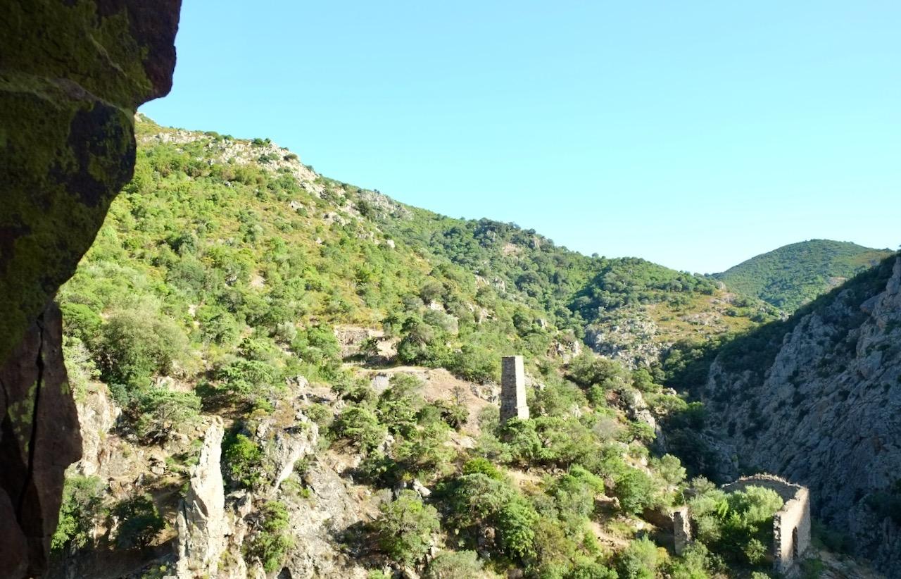 Excursie naar het verlaten mijndorp Brecca
