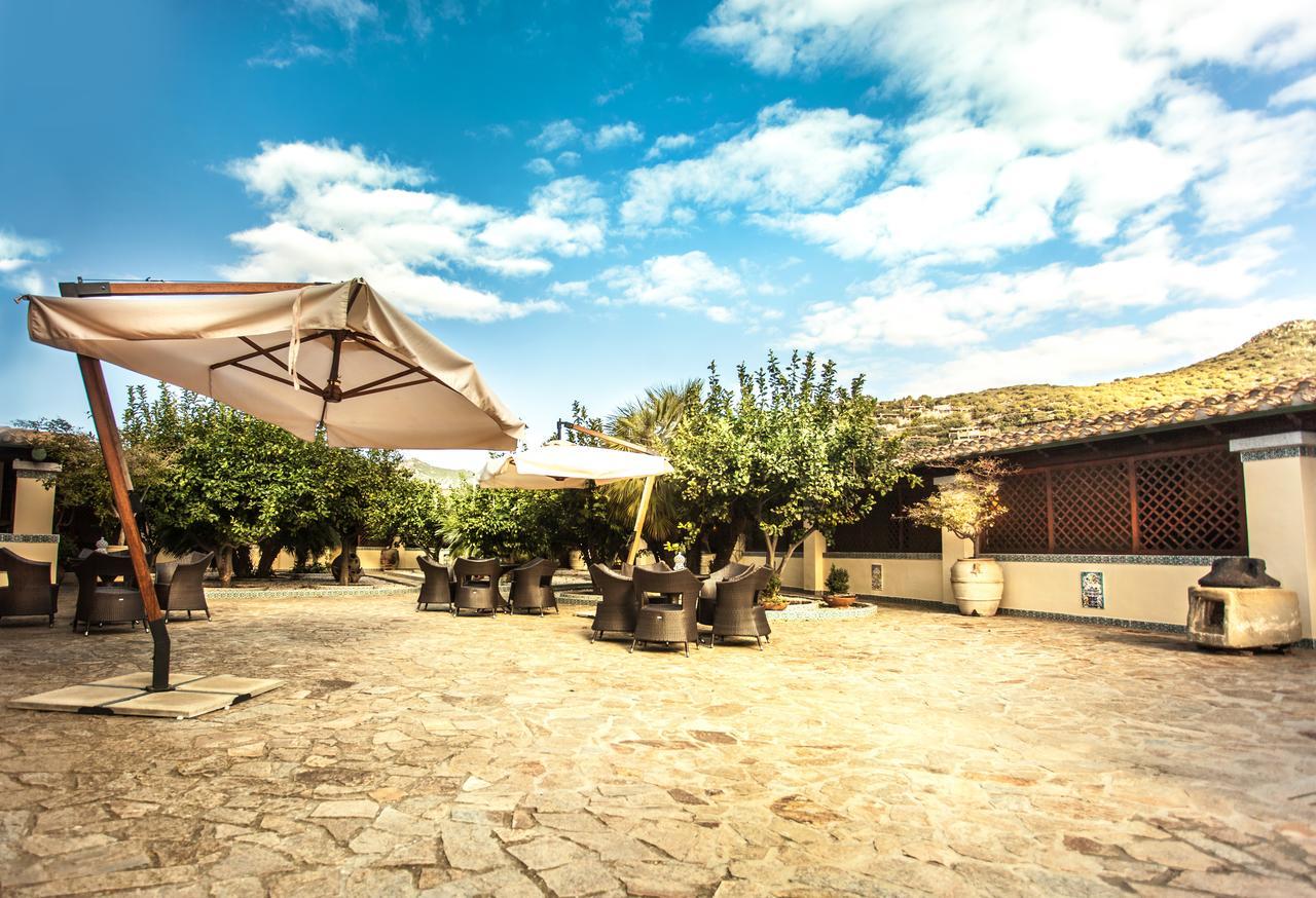 Hotel Fiore di Maggio (zuiden) 13