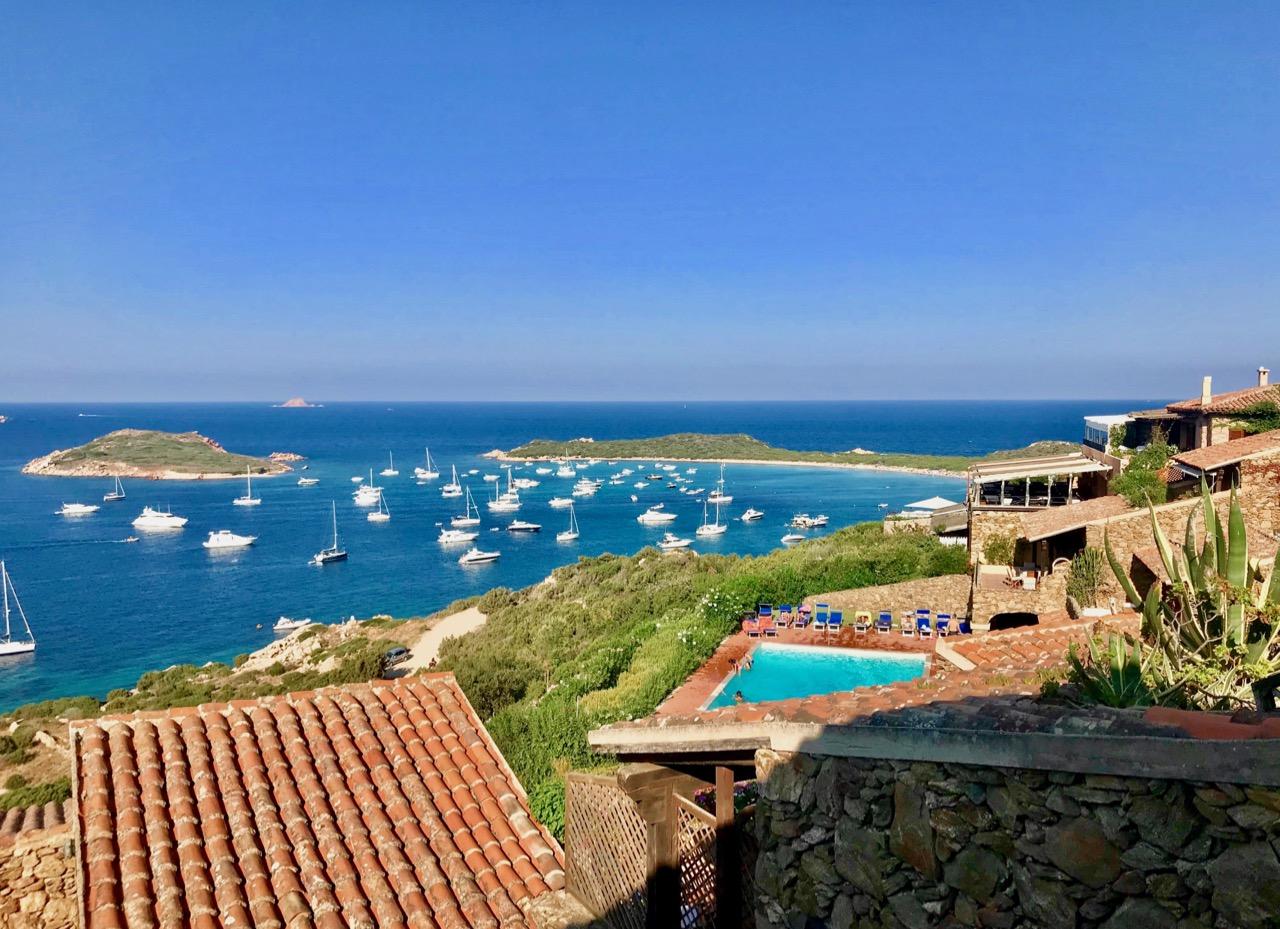 Casa Blue - Coda Cavallo Resort 12